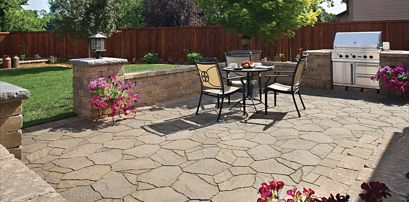 Amazing Backyard Stone Patio Design Ideas 809 x 400 · 139 kB · jpeg